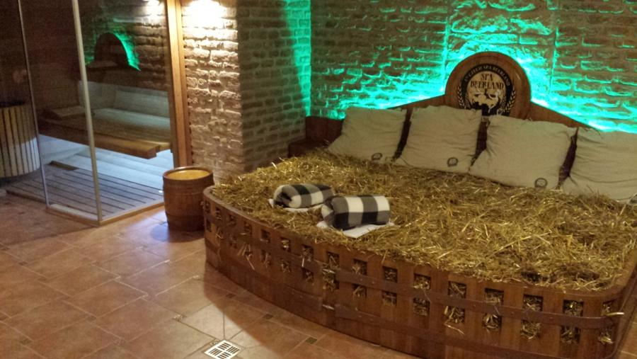 Prague beer spa prague weekends for Best spa in prague